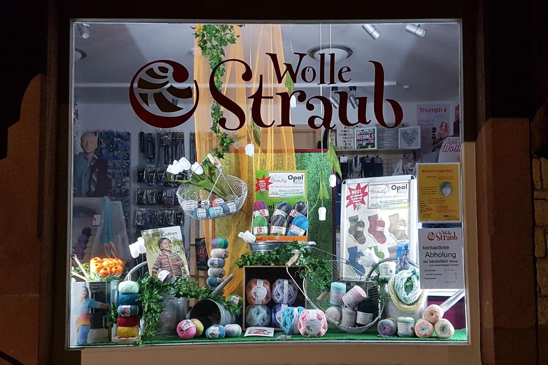 """Schaufenster """"Frühling"""" Wolle Straub"""